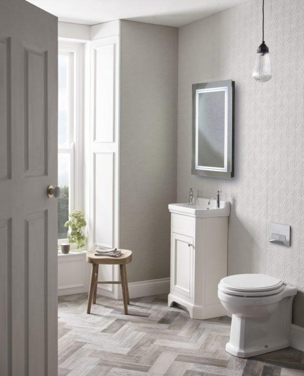 TAVVT50fLW Vitoria cloakroom freestanding unit linen white lifestyle copy