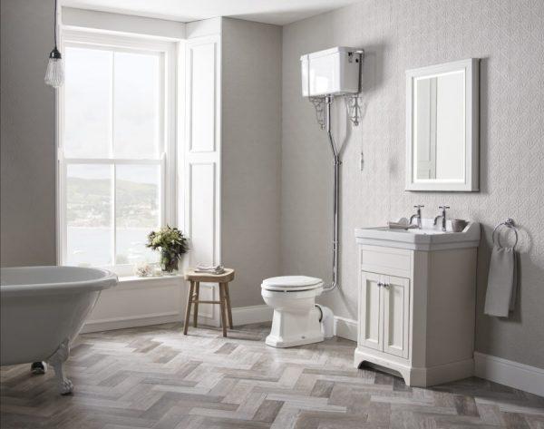 TAVVT60FW Vitoria 600 frestanding unit linen white lifestyle with cheltenham taps copy