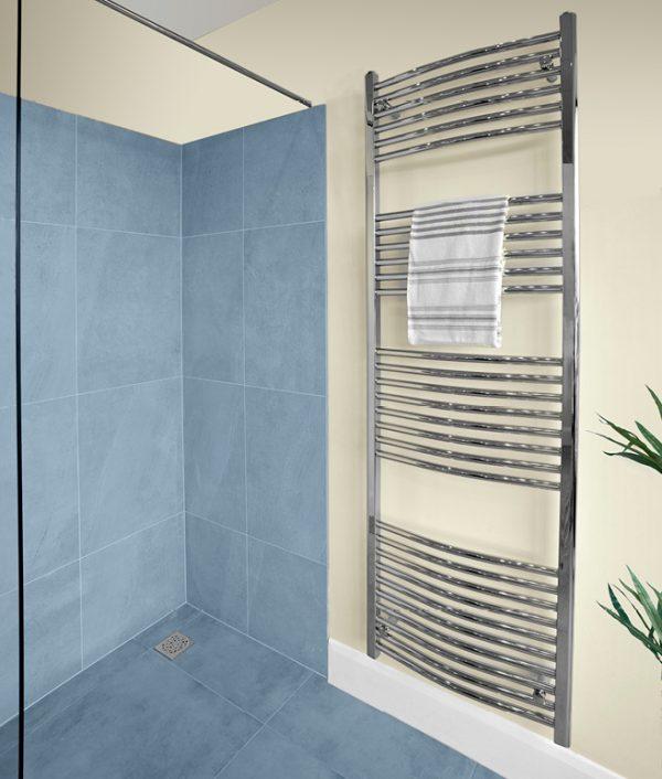 curved towel rail